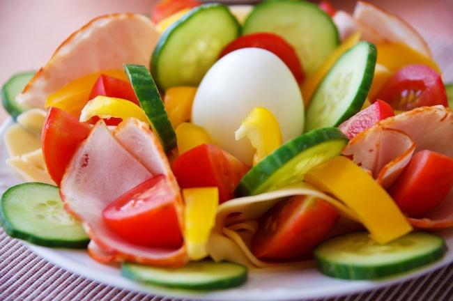 Warzywa + jajko na twardo