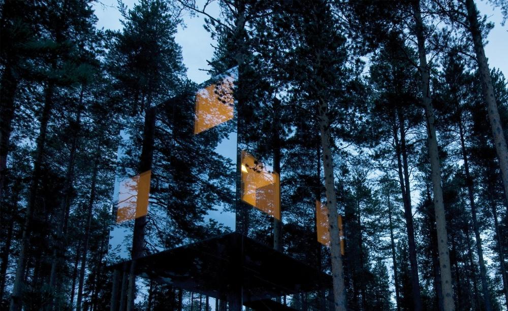 #8 Hotel Mirrorcube w Laponii, Szwecja