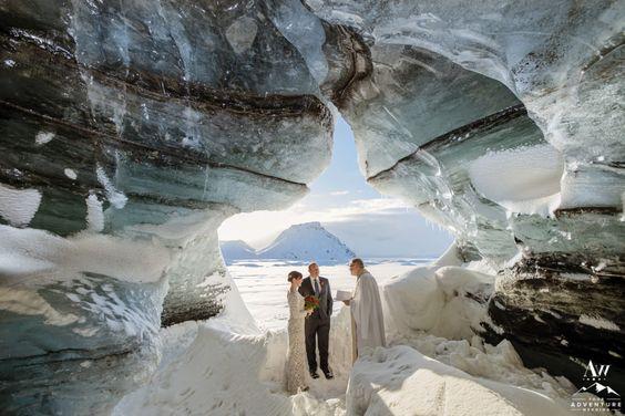 najdziwniejsze śluby - jaskinie lodowe