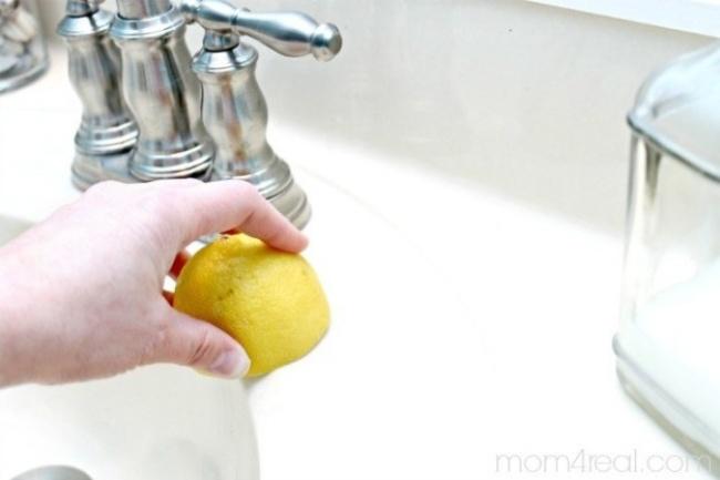 triki sprzątaczek 4 - zlew i cytryna