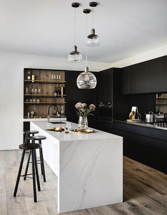 projektowanie kuchni - czarna kuchnia
