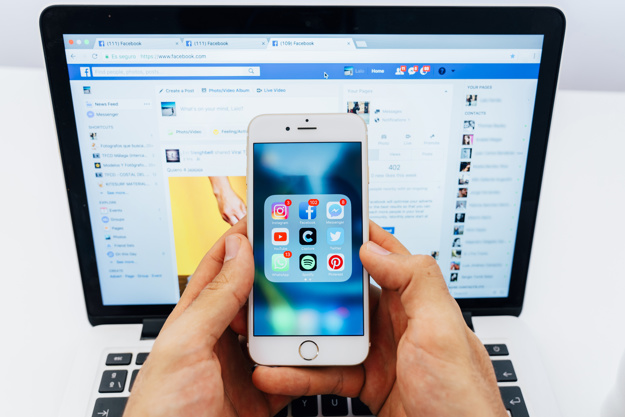 Zachowanie w mediach społecznościowych - duża liczba znajomych