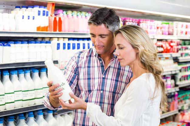 mleko w sklepie