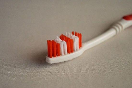 błedy podczas szczotkowania zębów 2