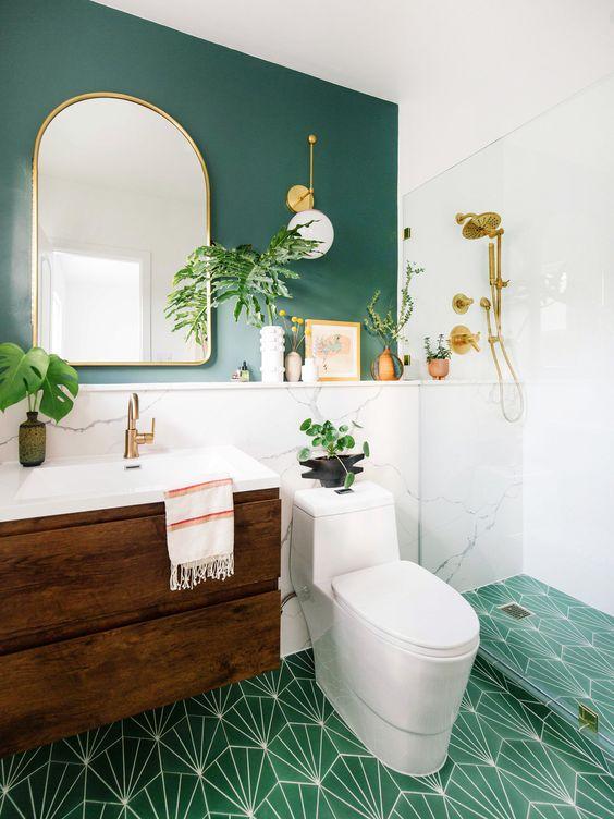 małe łazienki 13