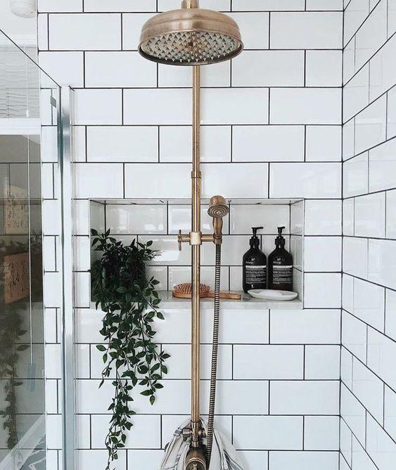 małe łazienki 14