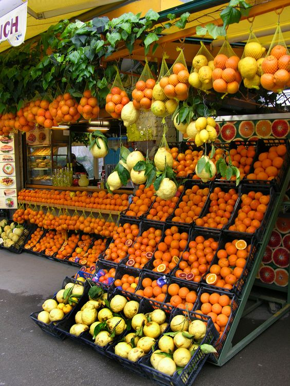 targowisko pomarańczy