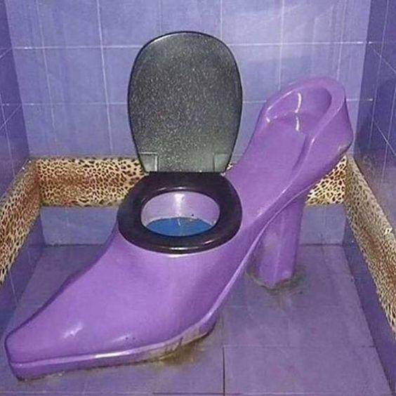 toaleta pantofelek