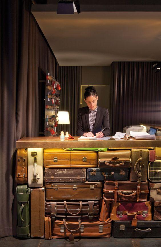 recepcja z walizek