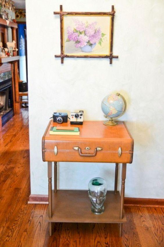 walizka stolik