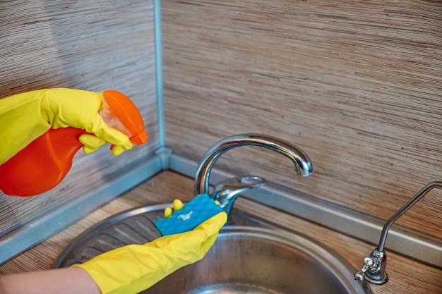 mycie kranu