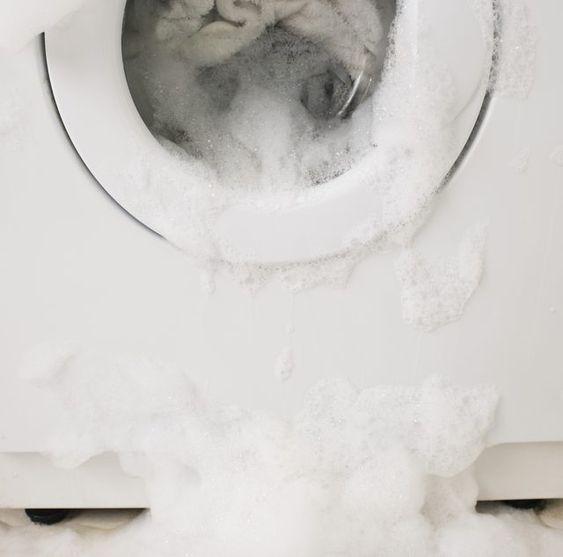 soda oczyszczona do prania piana z pralki