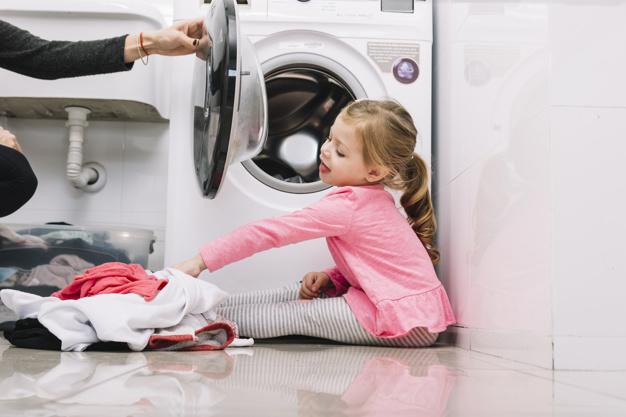 soda oczyszczona do prania - pranie, dziecko, pralka