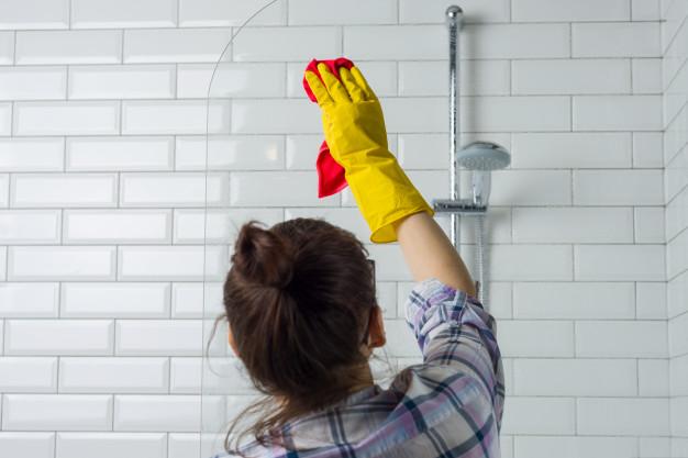 mycie kabiny prysznicowej