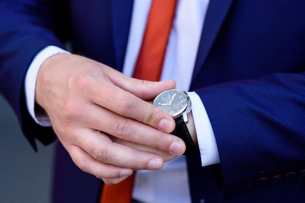 patrzenie na zegarek