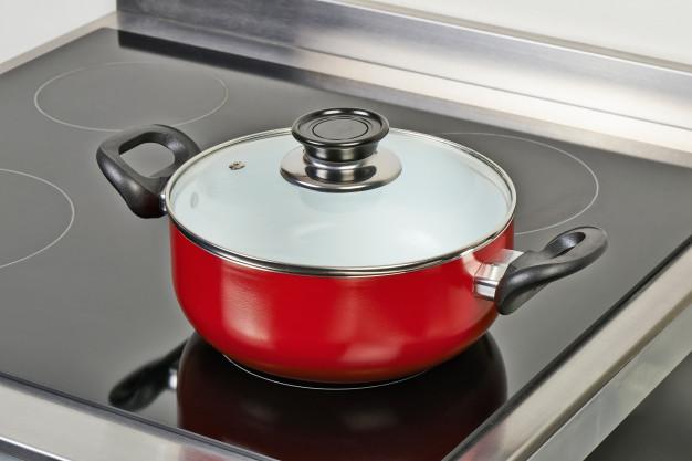 garnek na kuchence elektrycznej