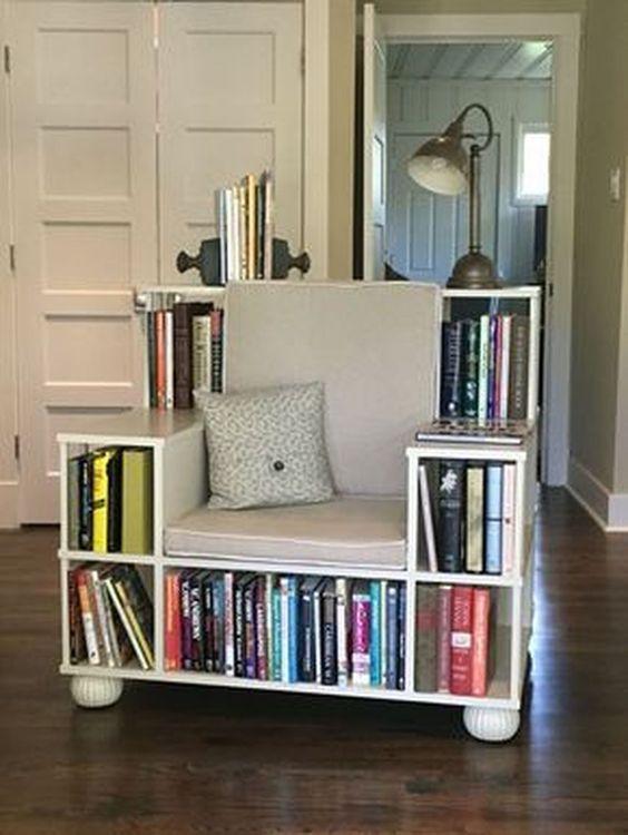 biblioteka fotel