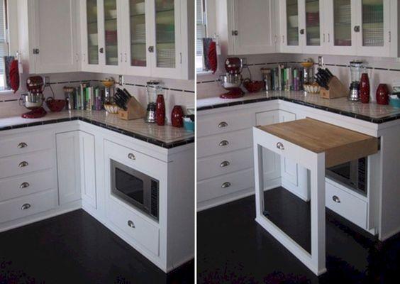 stolik wysuwany w kuchni