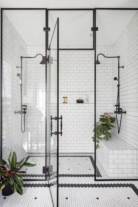 Najpiękniejsze prysznice i inspiracje do łazienki. Zebraliśmy ich aż 23!
