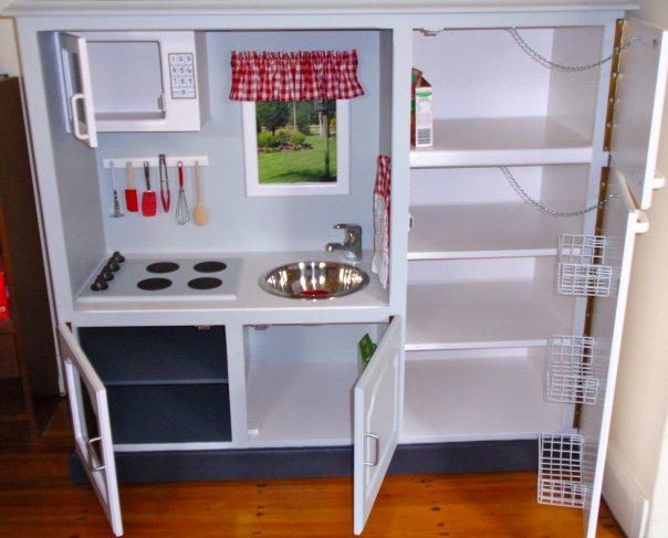 kuchenka dla dzieci z szafki