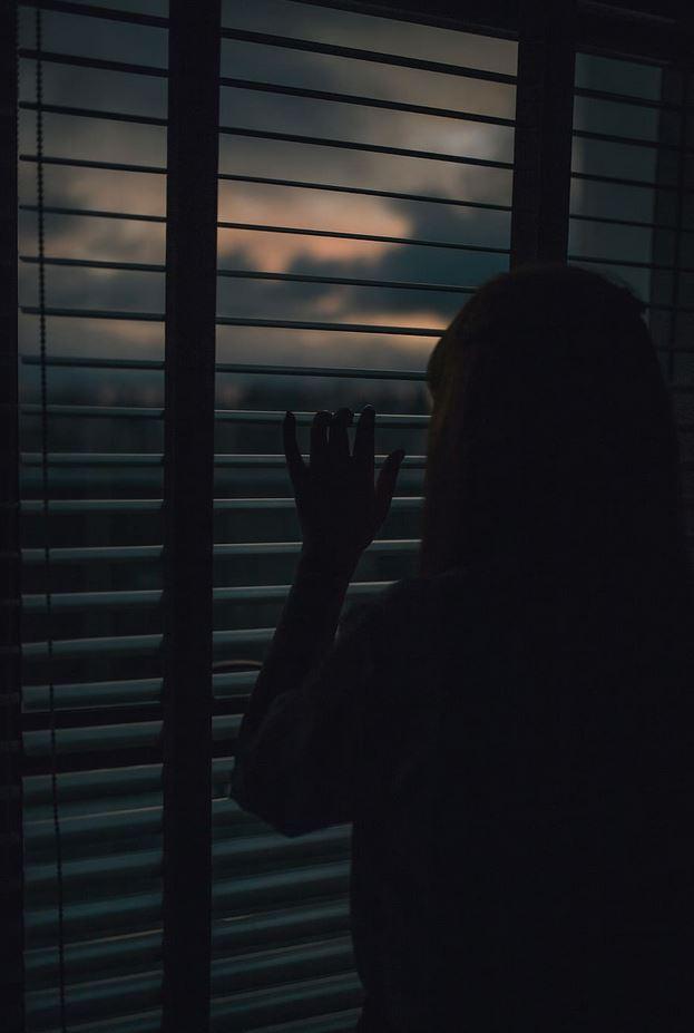 okno osoba