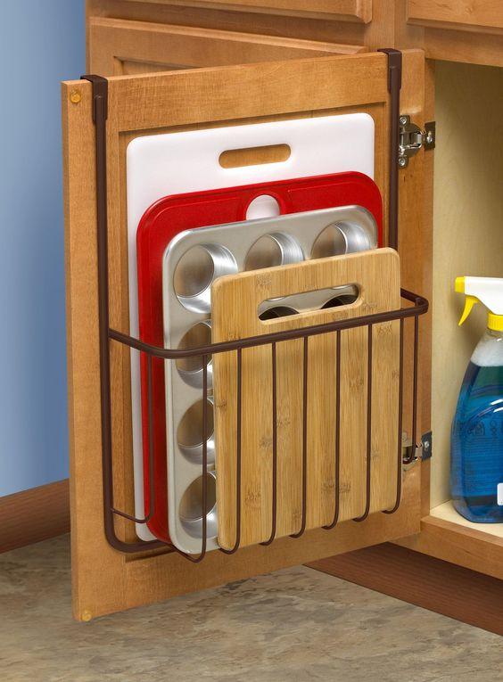 17 sprytnych trików na organizację w małym mieszkaniu. Zyskasz o wiele więcej miejsca!