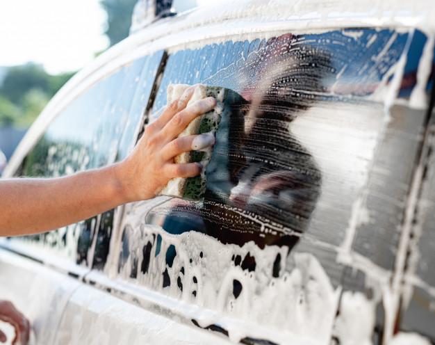 wskazówki dla kierowców - mycie szyb
