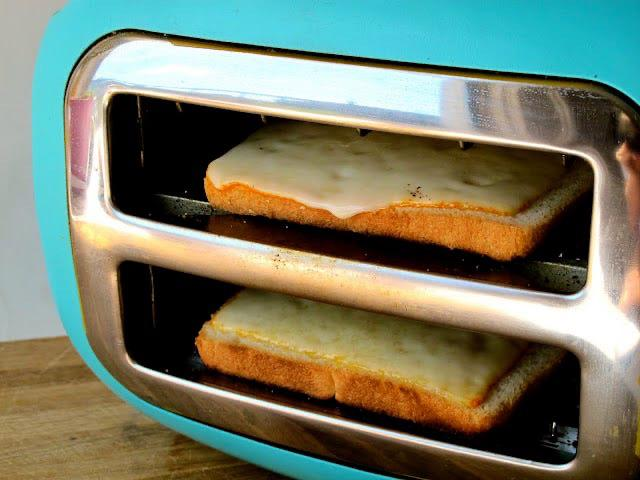 proste kulinarne triki - toster