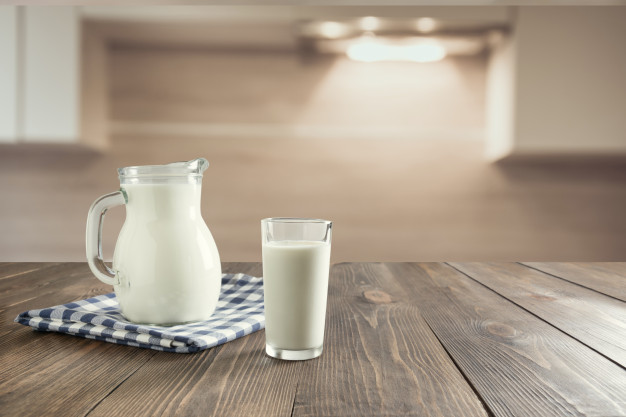 proste kulinarne triki - mleko