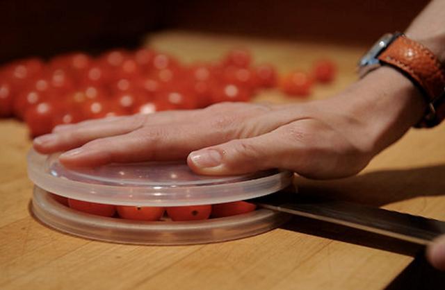 proste kulinarne triki - krojenie pomidorów