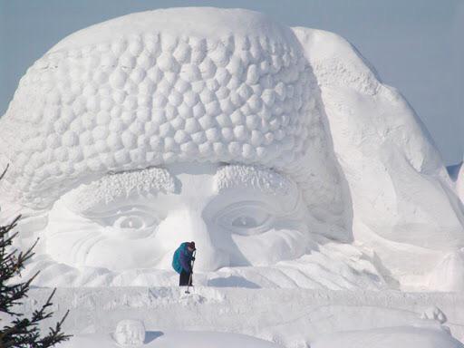 15 fenomenalnych rzeźb ze śniegu. Zimowe dzieła sztuki, które można zrobić z białego puchu!