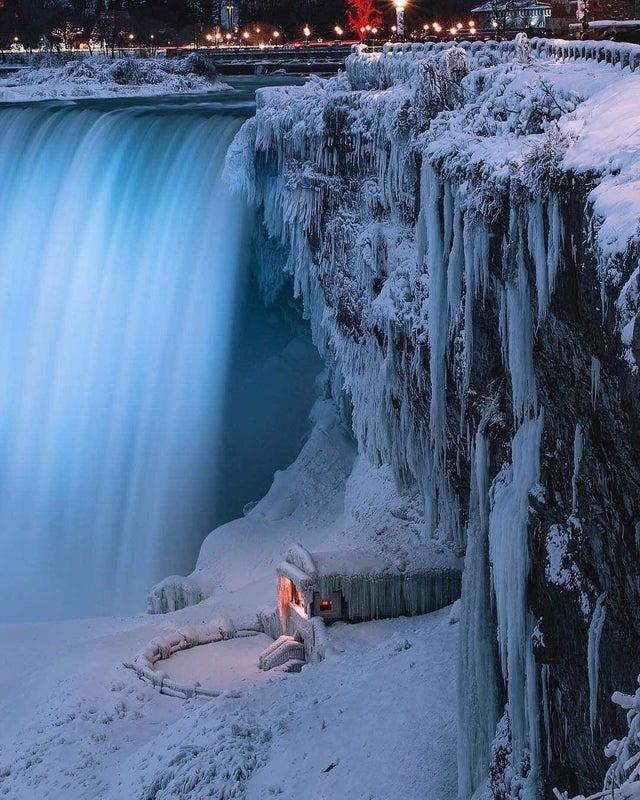 24 mroźne fotografie, na których widok od razu robi się zimo. One ścinają krew w żyłach
